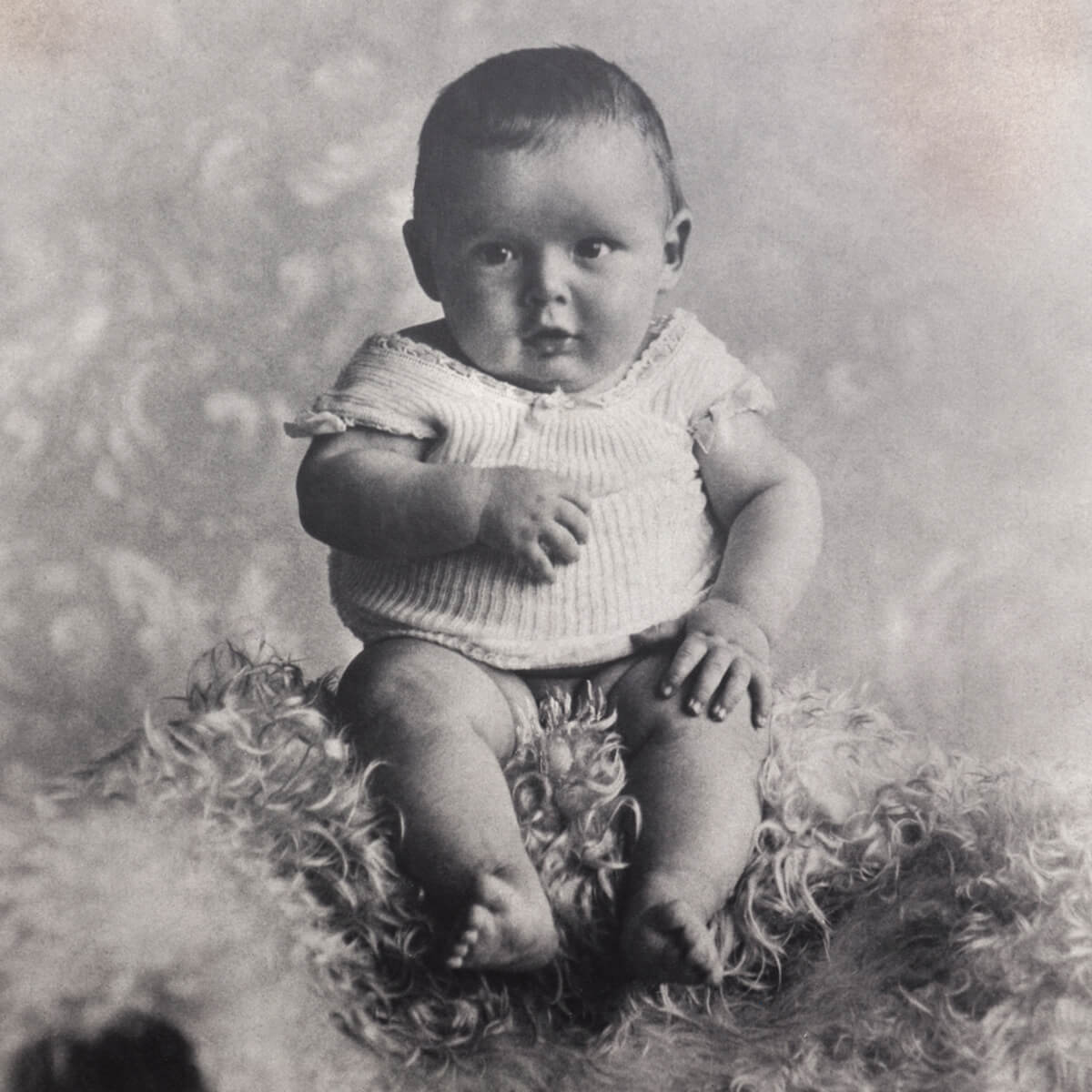 Black and white image of Harry Winston as a baby