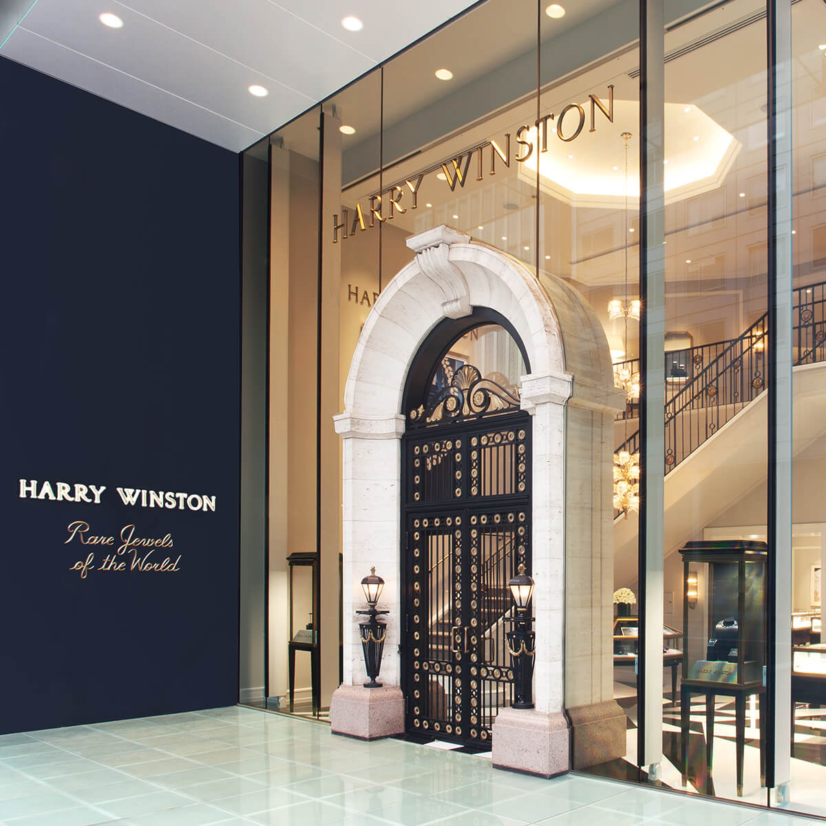 Entrance of the Harry Winston Salon in Ginza